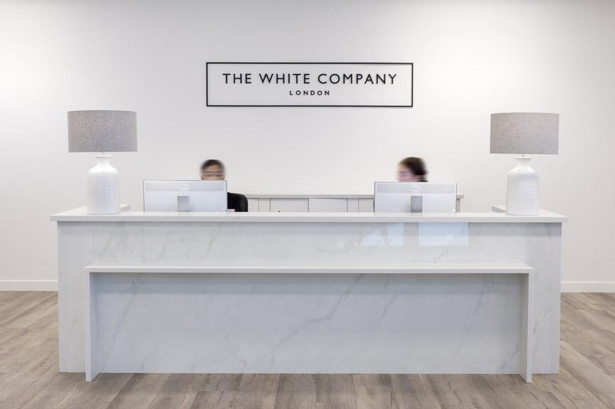 The White Company – Simon Ellis